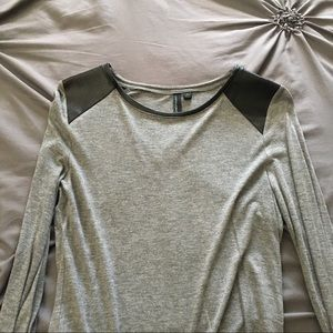Cynthia Rowley gray long sleeve top, size large